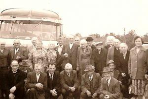 Bejaardenbond met Pater Bernardus te Margraten 1961
