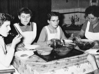 Uiterst rechts Coba Derk